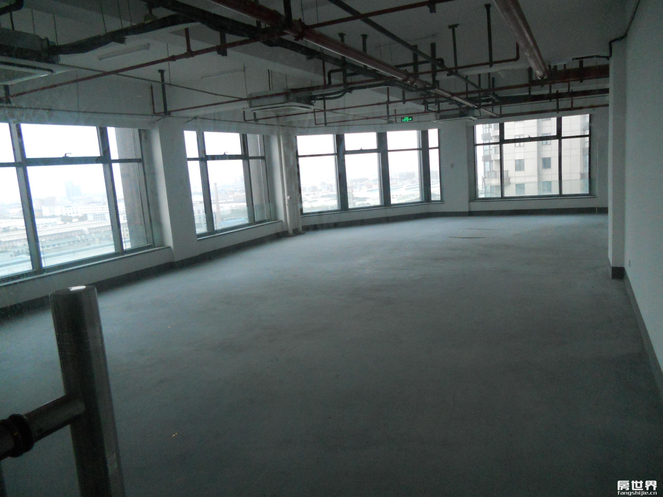 東方世紀中心1305室東北向264方 (1).JPG