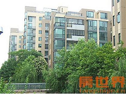 新乐公寓大三房满2年唯一