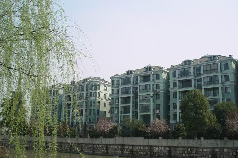 房东诚心出售,自己住,精装修,大三房,全明户型