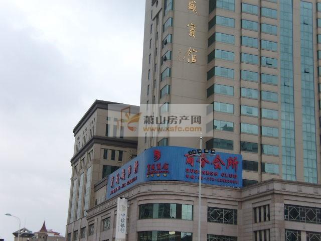 时代广场人民广场附近,地铁口大平层