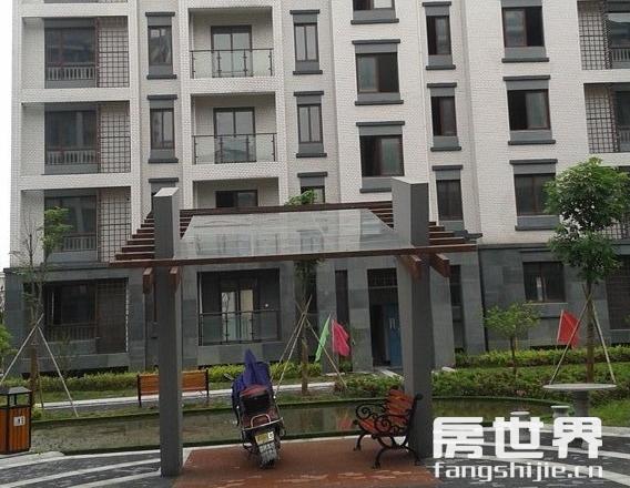 湘湖南苑 6樓送閣樓 邊套 純毛坯  送自行車庫10方