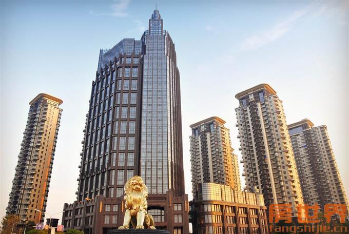 东方商贸城精装修loft公寓 单价27000 房东诚售可以议价!