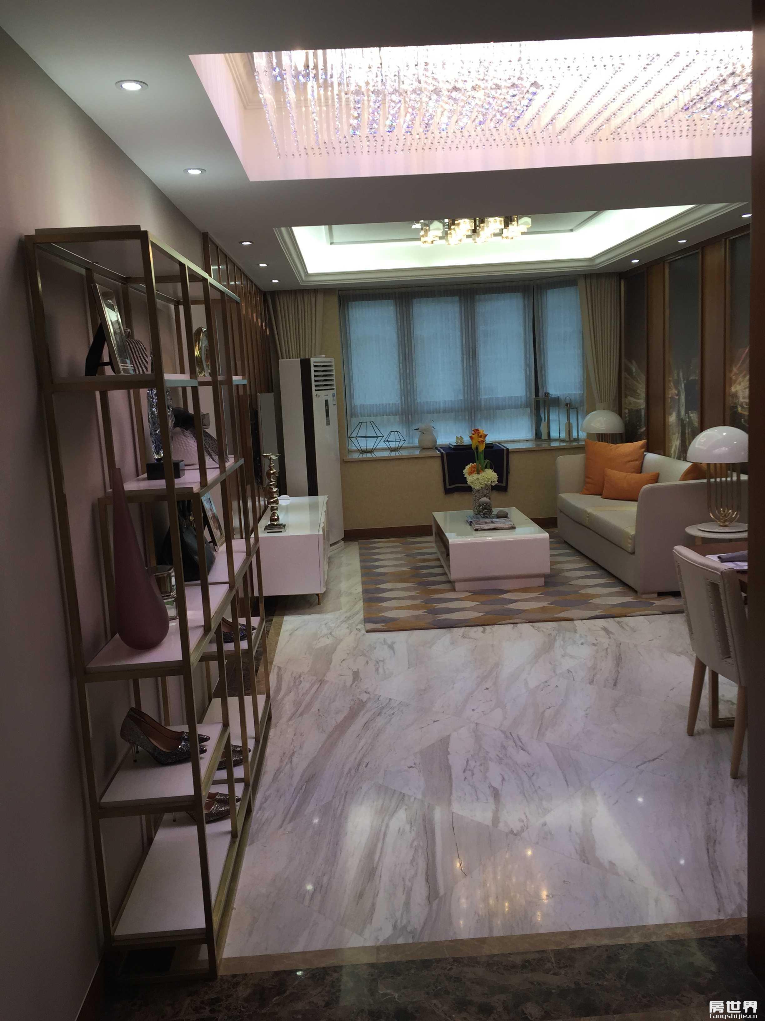奥体板块 亚运村选址处近在咫尺 刚需户型 诚心出售210万!