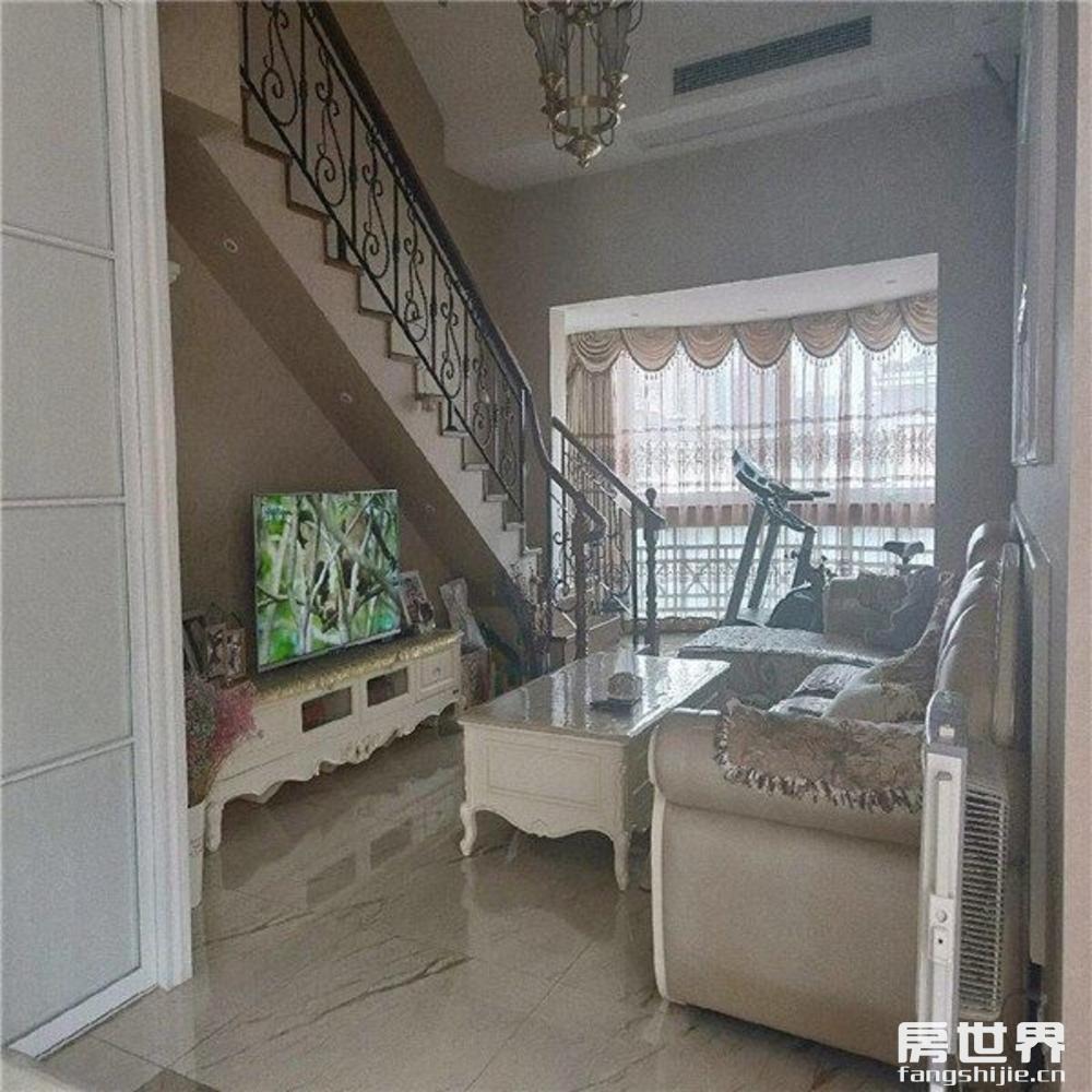 汇宇花园 5室精装修,阔绰客厅,阳台,身份象征,满五年