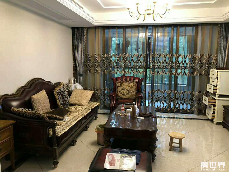 光明尚海湾130方东边套、四房二厅二卫、南北通透、双阳台。