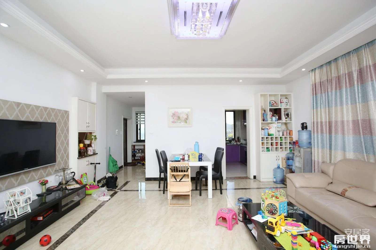临浦嘉顺中心繁华地段、精装修、楼层佳、家电齐全、诚售