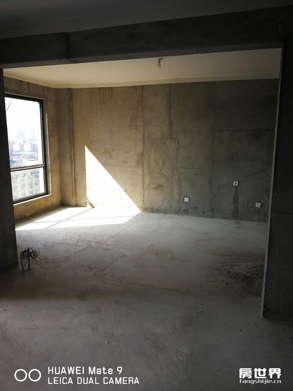 房東誠信出售名港城93方3房2廳1衛,學區房,低總價,現房,現房現房