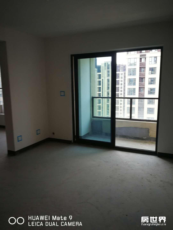 滨水名庭,142平大4房两卫 双阳台东边套 随时看房 采光好