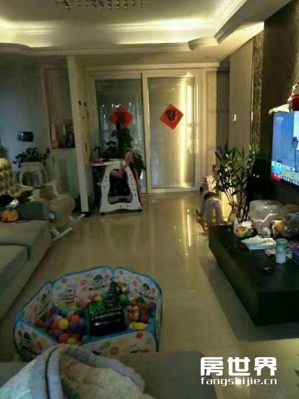 新惠名苑精装修50万,真的是拎包入住.3房2厅