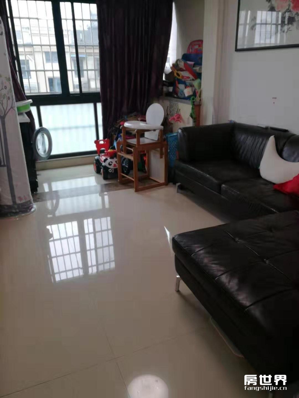 广泽小区,6楼送阁楼,精装修,只售178万